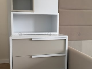 Decordesign Interiores BedroomBedside tables Chipboard White