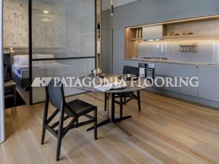 Cocinas de estilo moderno de PATAGONIA FLOORING Moderno