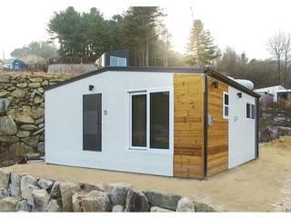 Modern terrace by 공간제작소(주) Modern