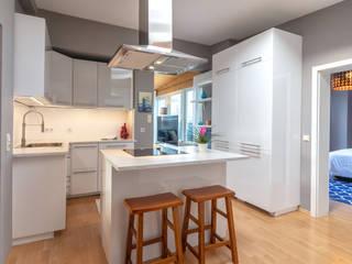 Industrial style kitchen by CENTURY 21 Deutschland Industrial