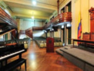 Paraninfo universidad de Antioquia de C.RODRIGUEZ SU PINTOR