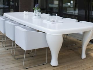 ONE TO SIT - indoor & outdoor furniture JardinesMuebles Plástico Blanco