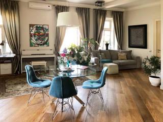 Квартира-студия в 1-м Неопалимовском переулке: Гостиная в . Автор – Студия интерьерного дизайна MEL,