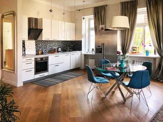 Квартира-студия в 1-м Неопалимовском переулке: Кухни в . Автор – Студия интерьерного дизайна MEL,