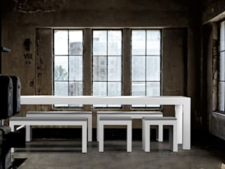 ONE TO SIT - indoor & outdoor furniture 花園家具 鋁箔/鋅 White