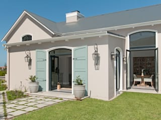 New Build House on Hermanus Golf Course:  Houses by Overberg Interiors