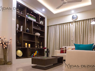 3BHK @ ALTA MONTE MALAD EAST:  Living room by Midas Dezign,Asian