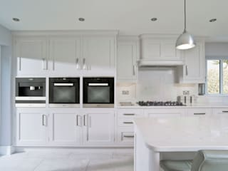 John Ladbury kitchen in Hertfordshire John Ladbury and Company KitchenCabinets & shelves White