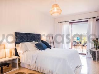 Plaza America Dormitorios de estilo mediterráneo de Bhoga Home Staging Mediterráneo