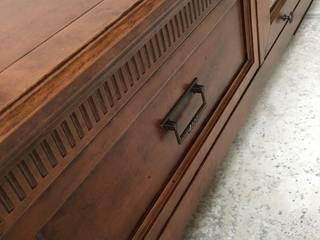 Mobile base porta tv --- collezione G.Luisa di F.lli Bubola Classico