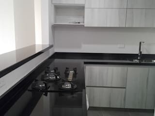 Cocina con granito negro absoluto planet stone sas Cocinas integrales Granito Blanco