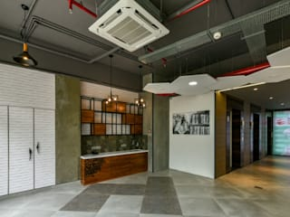 Coworking & Incubation Center - Thane Impact Global Hub Dezinebox Eclectic style corridor, hallway & stairs