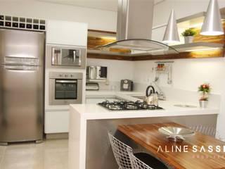 RESIDÊNCIA GI Cozinhas modernas por ALINE SASSE Moderno
