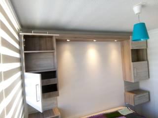 Mueble estantería volátil con luz: Dormitorios de estilo  por Muebles y vinilos