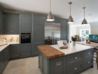 Industrial style kitchen by John Ladbury and Company Industrial