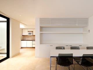 Built-in kitchens by AGi architects arquitectos y diseñadores en Madrid,