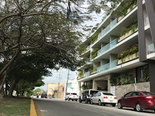 Modern balcony, veranda & terrace by axg arquitectos Modern
