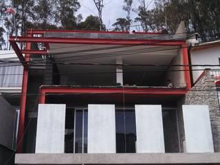 CASA MAR DE FRÍO Balcones y terrazas modernos de ESMETEVA Moderno
