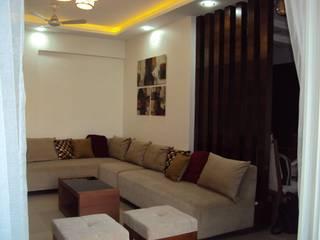 3 bhk :  Living room by Espee Designs