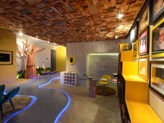 Rustic style corridor, hallway & stairs by Perotto E Fontoura Estúdio de Arquitetura Rustic