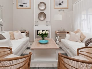 Beach House Glam Guest House - Onrus:  Living room by Overberg Interiors