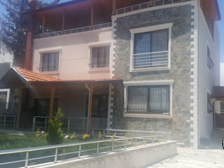 Classic style houses by Hiba iç mimarik Classic