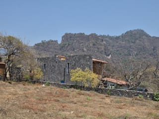 Casa Quetzalcóatl, AT arquitectos, México. de AT arquitectos Ecléctico