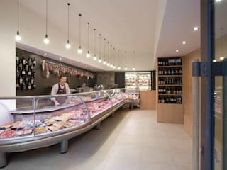 Offices & stores by ALESSIO LO BELLO ARCHITETTO a Palermo,