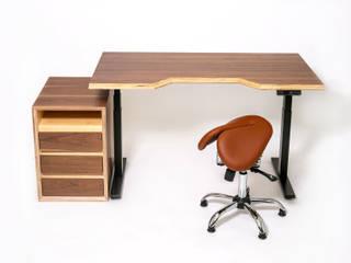 Умный стол от Мебельная компания FunEra. Изготовление мебели из фанеры на заказ. http://www.fun-era.ru Лофт