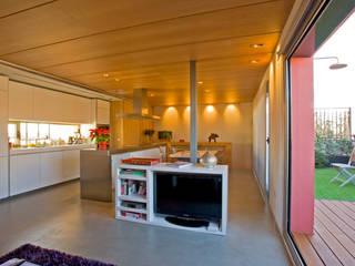 Remodelación Duplex Cocinas de estilo minimalista de INFINISKI Minimalista