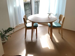二人舎(改装) モダンデザインの ダイニング の akimichi design モダン
