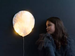 Ballon de lumière Lampe Veilleuse Blanc papier lavable Tailles S, L:  de style  par Ekaterina Galera