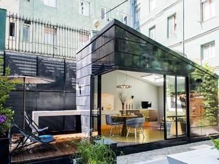 Vivienda Ecológica Infiniski en Exposición: Casas ecológicas de estilo  por INFINISKI, Moderno