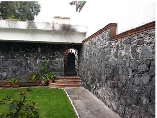 Rock Garden by BAUS arquitectos, Modern
