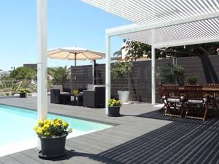 Tarima exterior madera tecnol´ógica piscina de Neoture Innovación Ecológica Moderno