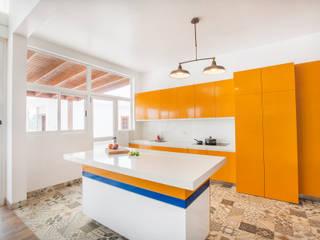 CASA_T Casas modernas: Ideas, imágenes y decoración de WeisCoello Arquitectos Moderno