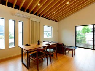 佐土原の住宅 ご夫婦お二人の住まい モダンデザインの リビング の 一級建築士事務所ATELIER-LOCUS モダン