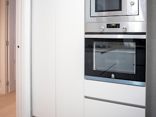 Grupo Inventia Cocinas equipadas Aluminio/Cinc Metálico/Plateado