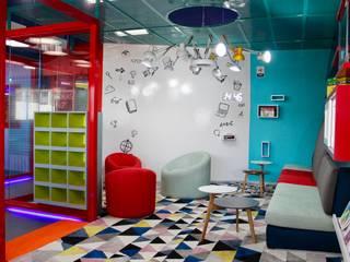Reading Area: Estudios y despachos de estilo  por Cruz de La Pava