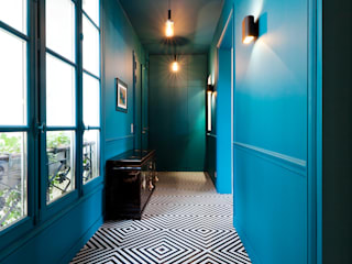 Catalina Castro Blanchet Eclectic corridor, hallway & stairs Blue