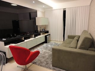Salas de estilo  por Maria Helena Torres Arquitetura e Design