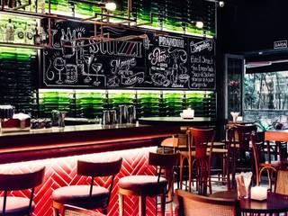 Bares y clubs de estilo  por Froma Arquitetura, Moderno