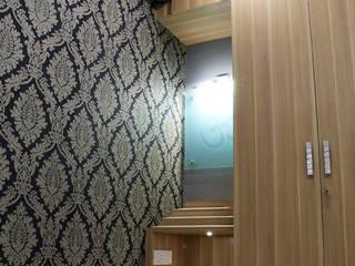 Guest Room:   by Cee Bee Design Studio