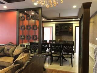 Living Room:   by Cee Bee Design Studio