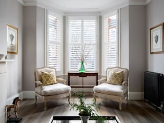 A Classic Contemporary Home in Clapham South Plantation Shutters Ltd Salon moderne Bois massif Blanc