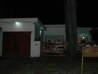 Remodelación Costa del Este Constructora del Este Dormitorios pequeños Madera Blanco