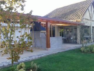 Bodega + Terraza + Asador Casas estilo moderno: ideas, arquitectura e imágenes de ECONproyectos Moderno