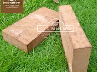 Country style walls & floors by Omah Genteng Country