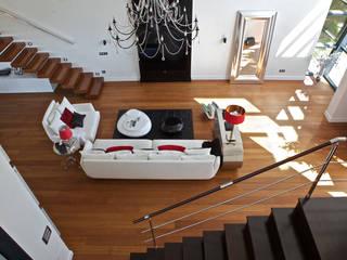 Modern living room by Estatiba construcción, decoración y reformas en Ibiza y Valencia Modern