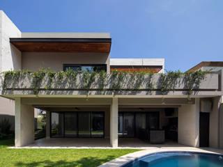 Renovación Casa ME: Terrazas de estilo  por Brohez arquitectos